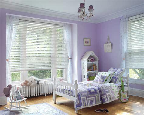 Hunter Douglas Casual Living Window Treatments