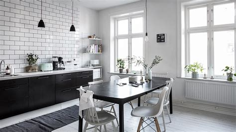 plan de travail table cuisine une cuisine en noir et blanc shake my