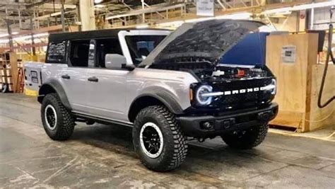 ford bronco  leaked jeep wrangler rival  baby