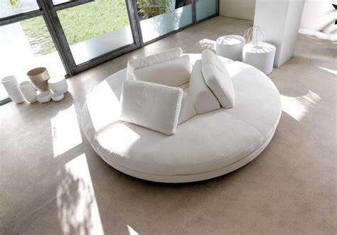 canap demi lune canapé demi lune et canapé rond 55 designs spectaculaires