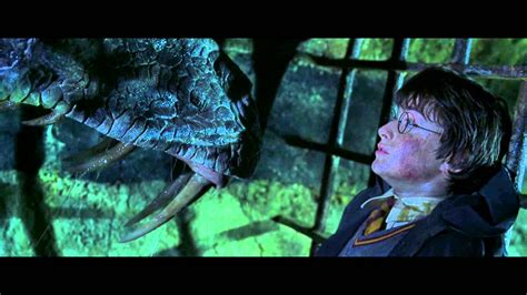 harry potter 2 harry vs basilic scène culte