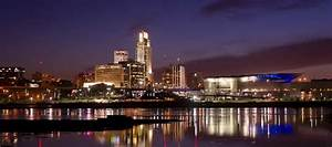 The Omaha skyline is a beautiful sight at night. - Picture ...