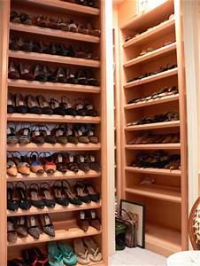 Armoire à Chaussures : une armoire chaussures dressing chaussures ~ Teatrodelosmanantiales.com Idées de Décoration