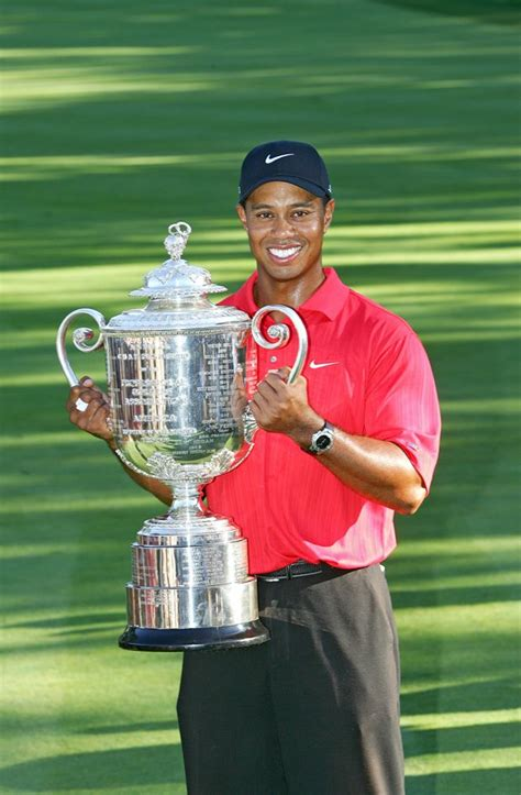 New Sports Stars: Tiger Woods Image & Profile 2012