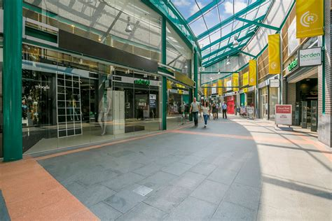 winkel roermond zoek winkels te huur roersingelpassage
