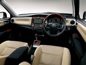 Toyota Corolla Axio Buyer39s Guide PakWheels Blog