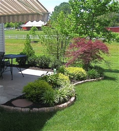 Back Porch Landscaping Ideas by Use Curved Landscape Border Fill In With Shrubs