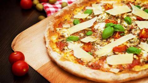 comment faire une pizza maison plats cuisine vins