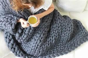 Plaid Grosse Maille Laine : grosse laine tricoter tricot laine zebux ~ Teatrodelosmanantiales.com Idées de Décoration