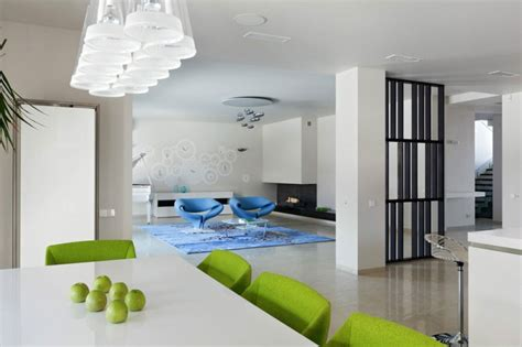 sekretär modern design lakeside house with sleek contemporary design