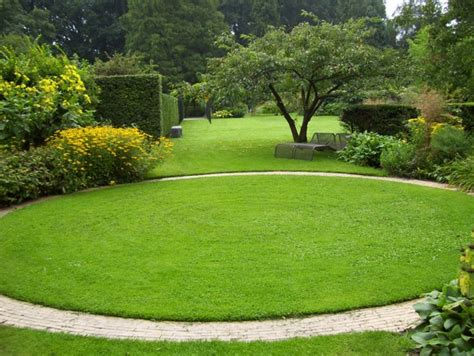 1000+ Ideas About Lawn Edging On Pinterest