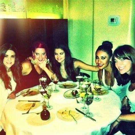 I want to have dinner with Selena | Selena gomez, Selena ...