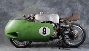 Racing Caf U00e8  Moto Guzzi V8 500 Gp 1957