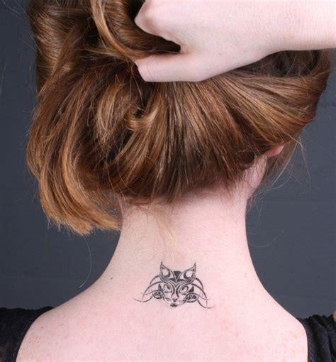 tatouage femme cou tatouage discret femme cou mod 232 les et exemples