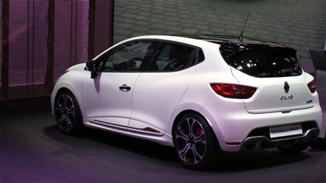 renault clio sport 2017 2016 full year france best selling new car models