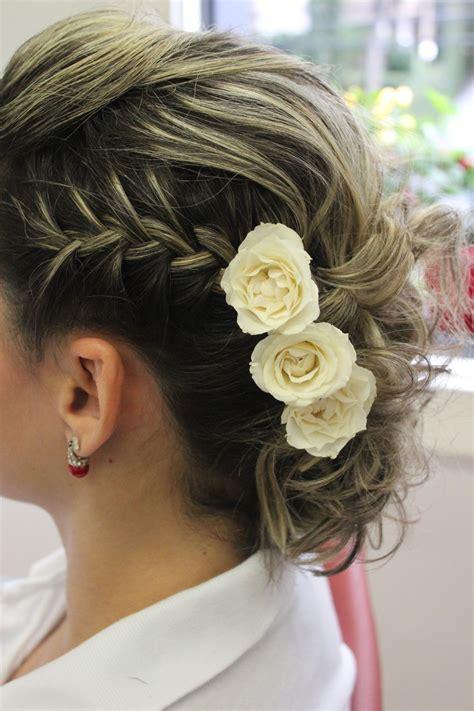 penteado  noivas de cabelos curtos vix