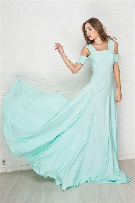 Новогодняя коллекция женские платья купить недорого в интернетмагазине GroupPrice