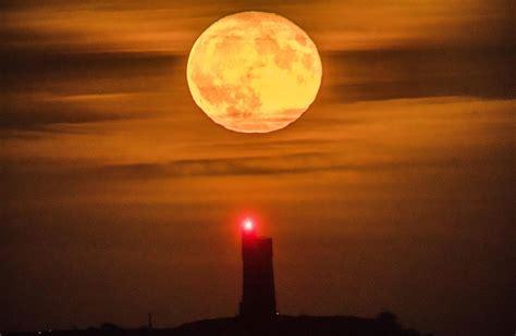 november full moon         beaver moon london evening standard