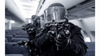 Swat Bomb Defusal