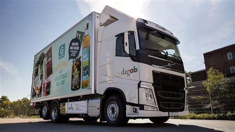 volvo trucks axfood   fossil  truck fleet