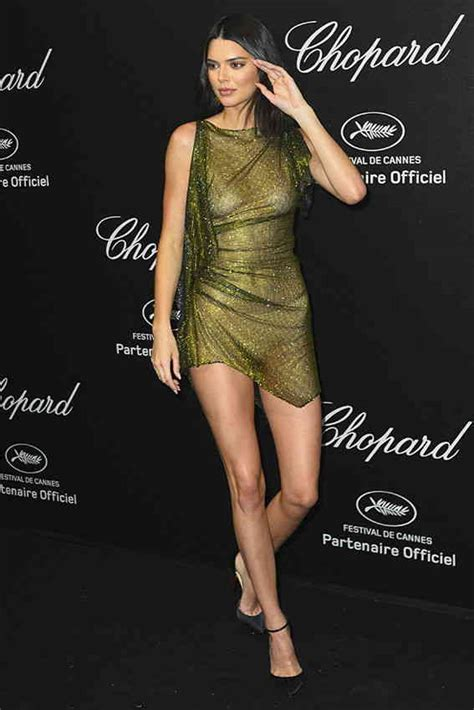 kendall jenner  nude poses  bra  cannes