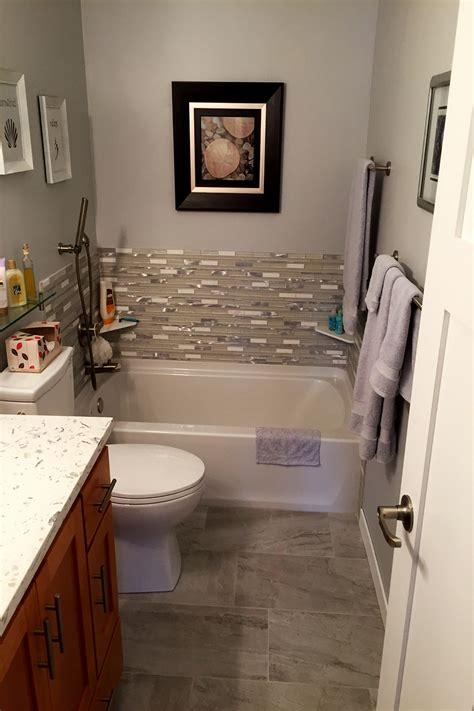 Half Bathroom Remodel Ideas by Bathroom Remodeling Gallery Lake To Lake Construction