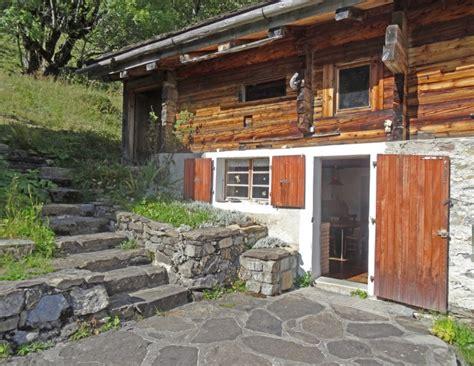 beau chalet a vendre maison 224 vendre en rhone alpes savoie la giettaz beau chalet savoyard ref 45305sd73 12748