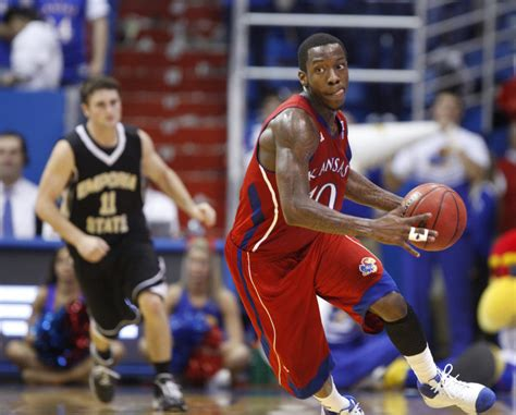 sterling reviews  basketballs tyshawn taylor putting