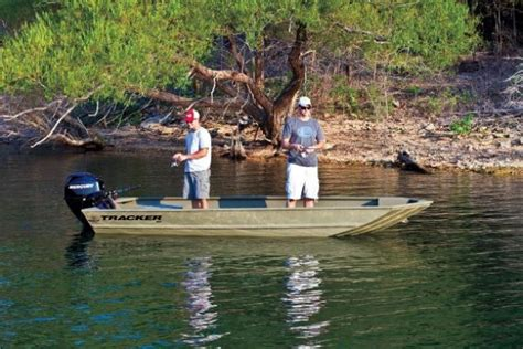 Used Boats At Bass Pro Shop by 2 Offered For Sale By Bass Pro