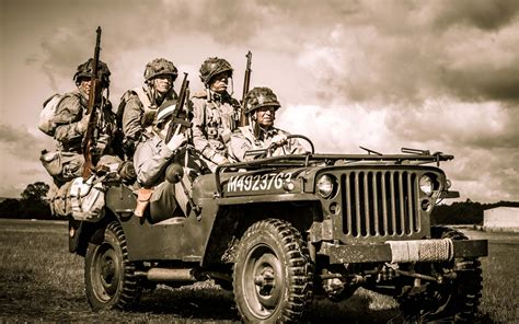 Soldiers On Jeep Wallpaper For Widescreen Desktop Pc