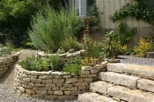 nutzpflanzen balkon sichtschutz nutzpflanzen kreative ideen über home design