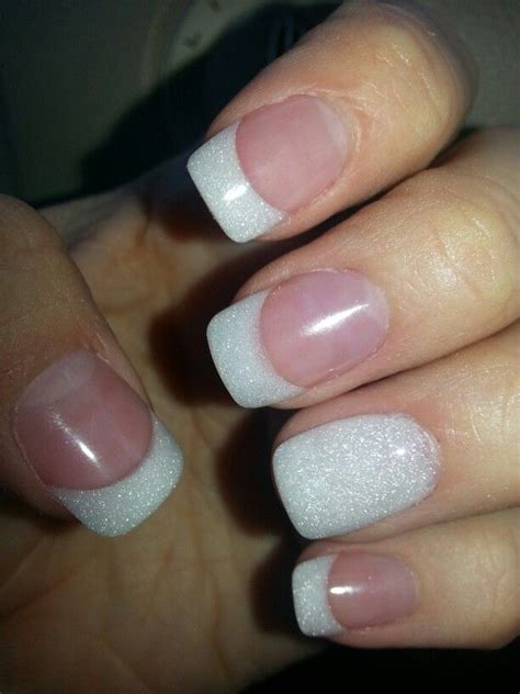 pearl white french tip    twist nails