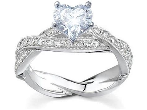 World S Best Engagement Rings Pictures To Pin On Pinterest