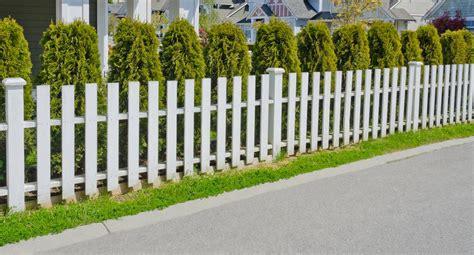 Cloture Basse Jardin cloture en pvc pour jardin mambobc