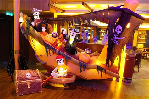 halloween cruises  thrills  chills   ages
