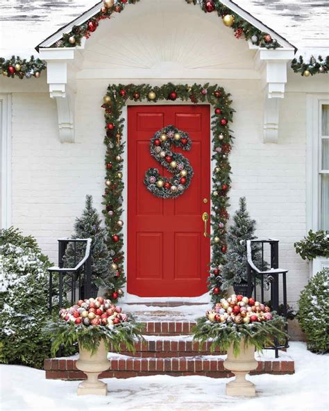 christmas porch front door decorating ideas