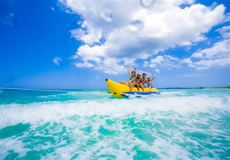 Banana Boat Meaning by What Is A Banana Boat In Jamaica