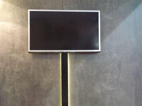 cacher les fils d une tv murale comment cacher fils tv murale 28 images cacher un cable d antenne tv minutefacile comment