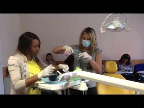 corso per assistente alla poltrona assistente alla poltrona di studio odontoiatrico