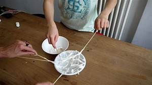 Gruselige Halloween Deko : halloween deko spinne aus marshmallows im spinnennetz ~ Markanthonyermac.com Haus und Dekorationen