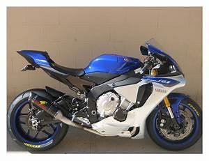 Yamaha R1 2016 : graves exhaust system yamaha r1 r1m 2015 2016 revzilla ~ Medecine-chirurgie-esthetiques.com Avis de Voitures