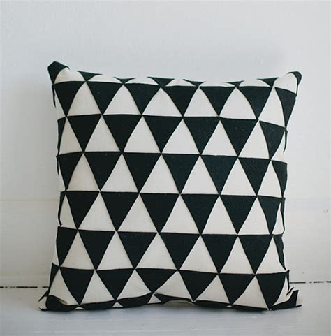 stenciled drop cloth diy throw pillows ideas inspirations and projects