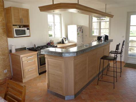 comptoir pour cuisine cuisine ouverte avec comptoir zinc aef