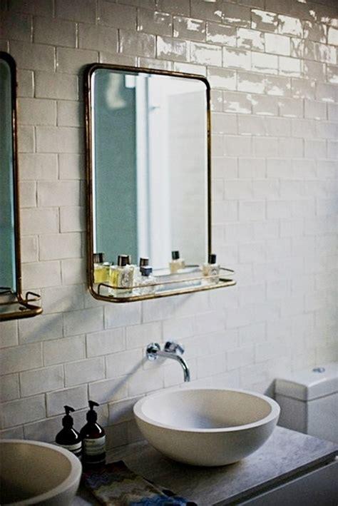 vers blancs cuisine le miroir salle de bains en 17 exemples modernes