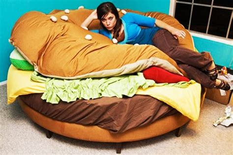 delicious sleep  hamburger bed