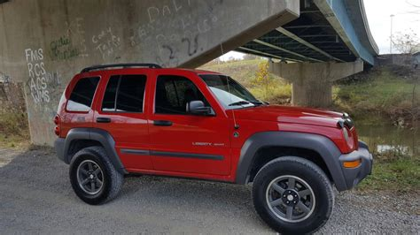 big red jeep big red jeep liberty forum jeepkj country