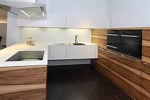 Küchenzeile Mit Kochinsel : k chenzeile design holz ~ Sanjose-hotels-ca.com Haus und Dekorationen