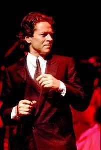 robert palmer 1986 20 best mtv vmas opening With robe palme