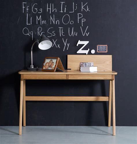 schreibtisch für kinderzimmer schreibtisch quot hege quot nat 252 rlich und skandinavisch