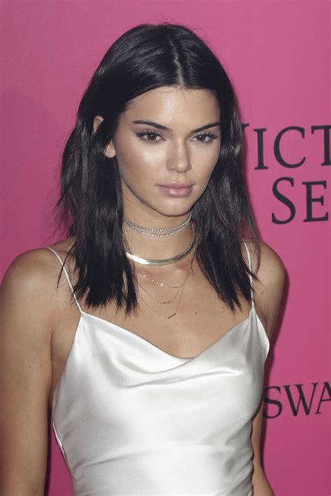 Kendall Jenner – Victoria's Secret Fashion Show 2016 After ...